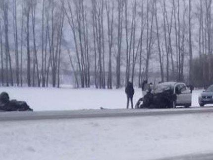 ВБашкирии влобовом столкновении иномарок пострадало 4 человека