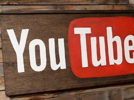 Компания YouTube выделит $25 млн наборьбу сфейковыми новостями
