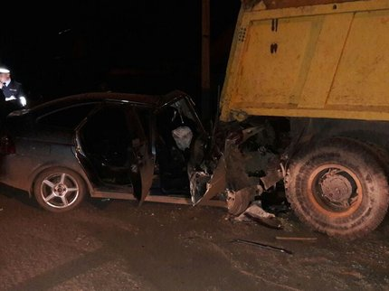 ВБашкирии Лада Priora протаранила припаркованный грузовой автомобиль «МАЗ»: необошлось без жертв