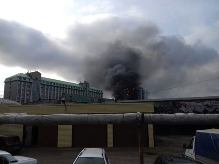 Несколько человек погибли впроцессе  крупного пожара вбизнес-центре Уфы
