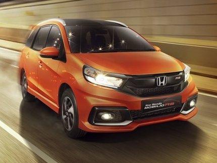 Семиместный кроссовер Хонда Mobilio представлен официально вИндонезии