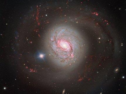 Вглобальной паутине опубликовали сделанное телескопом ESO фото галактики М77