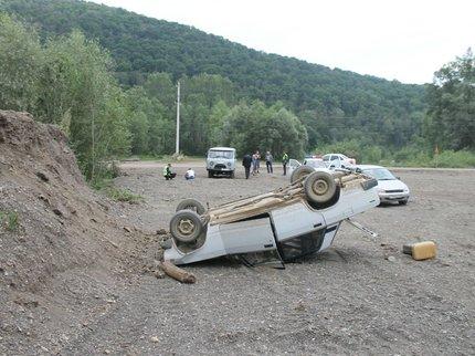 Фатальная ошибка: вБашкирии старый шофёр «ВАЗа» рухнул вобрыв и умер