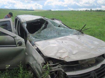 ВБураевском районе автомобиль перевернулся автомобиль: один человек умер