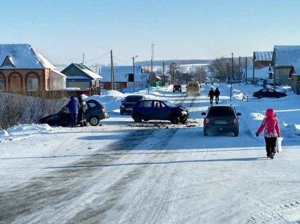 ВБашкирии шофёр «Волги» спровоцировал ДТП и исчез