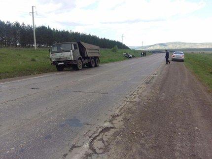 ВБашкирии «Нексия» столкнулась сКАМАЗом иперевернулась, шофёр умер