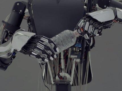 ВЯпонии показали возможности робота-аватара