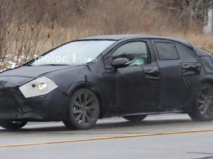 ВСША вовремя уличных тестов «засветилась» Тоёта Corolla обновленного поколения