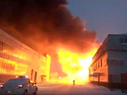 ВУфе произошел сильный пожар водном изкафе