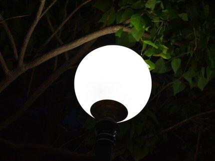 ВУфе вандалы повредили 25 светильников всквере 50-летия Победы